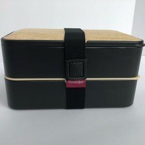 Munch | Box